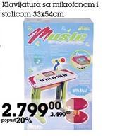 Klavijatura sa mikrofonom i stolicom