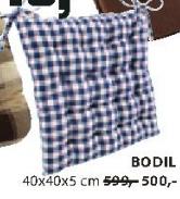 Jastuk Bodil