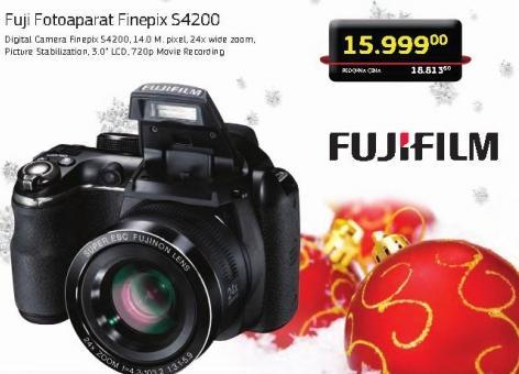 Fotoaparat FinePix S4200