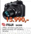Digitalni Fotoaparat S4200