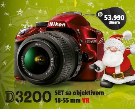 Digitalni fotoaparat D3200 sa objektivon 18-55mm